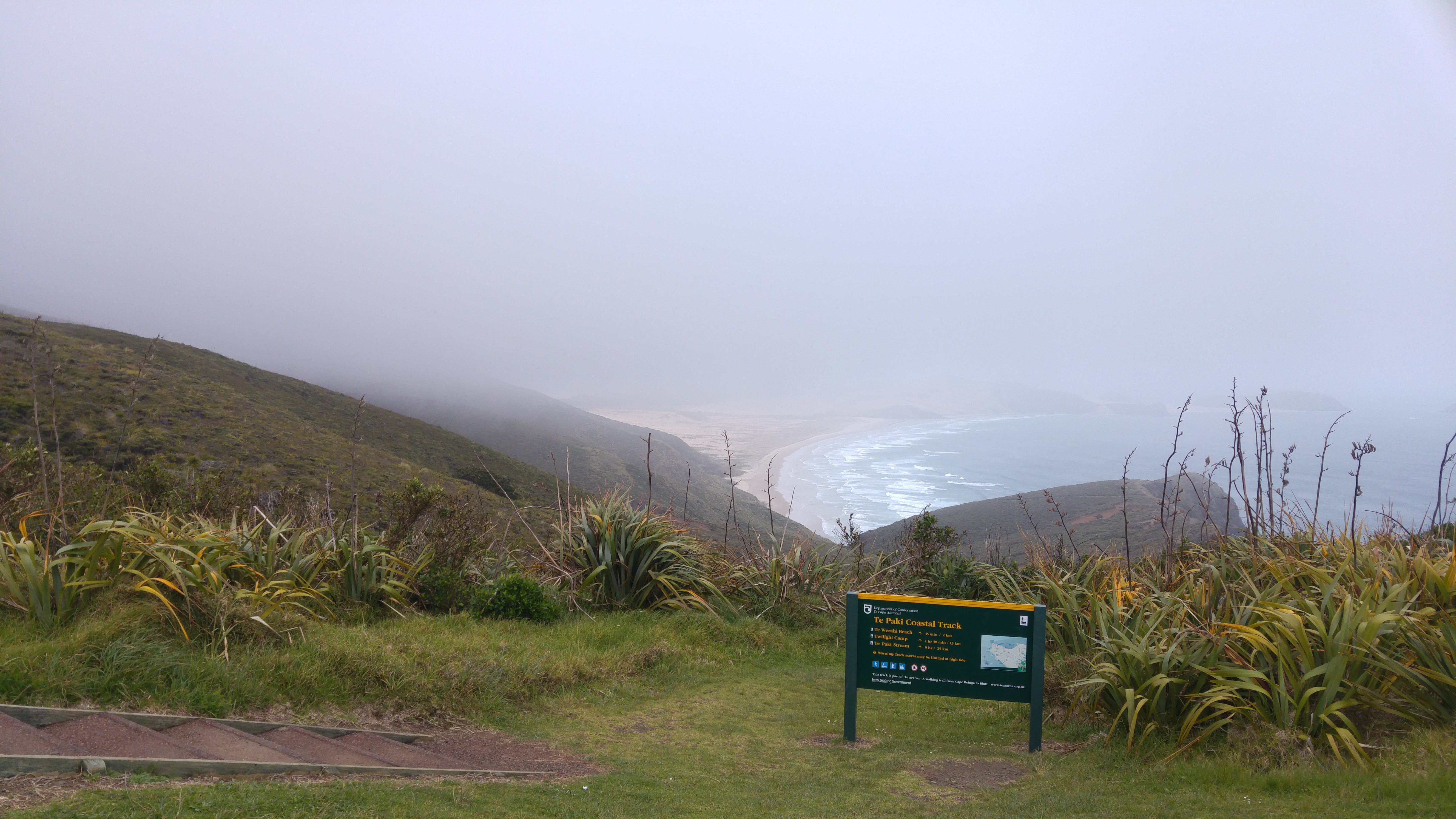 Te Araroa Day 1:Cape Reinga to  Twilight Basic Camp